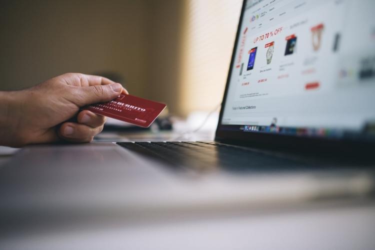 image Mitos Umum Tentang Desain Web E-Commerce