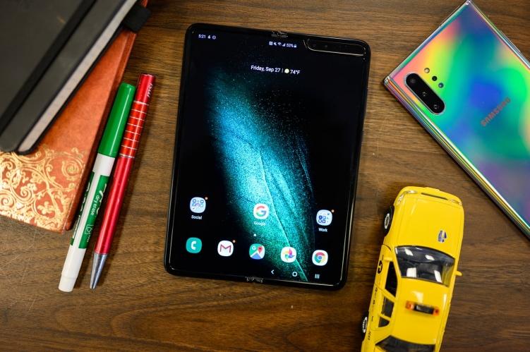 image Samsung Resmi Buka Pre-Order Galaxy Fold di Indonesia
