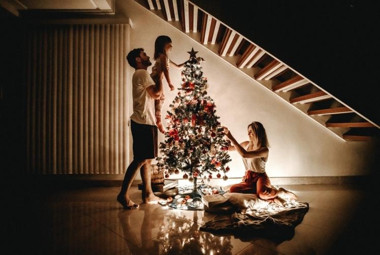 image Desain Baju Natal Yang Cocok Untuk Menghangatkan Liburan Anda