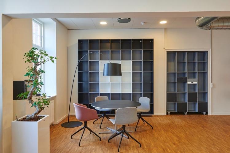 image Merancang Desain Bagian Depan Yang Tepat Untuk Kantor Anda