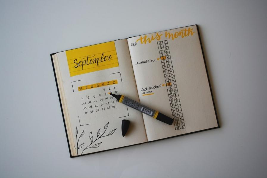 Image 8 Tips Dalam Merancang Desain Kalender Efektif Untuk Anda