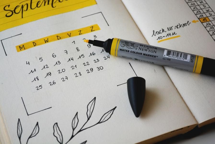 Image 6 Langkah Mudah Untuk Merancang dan  Mencetak Desain Kalender Me