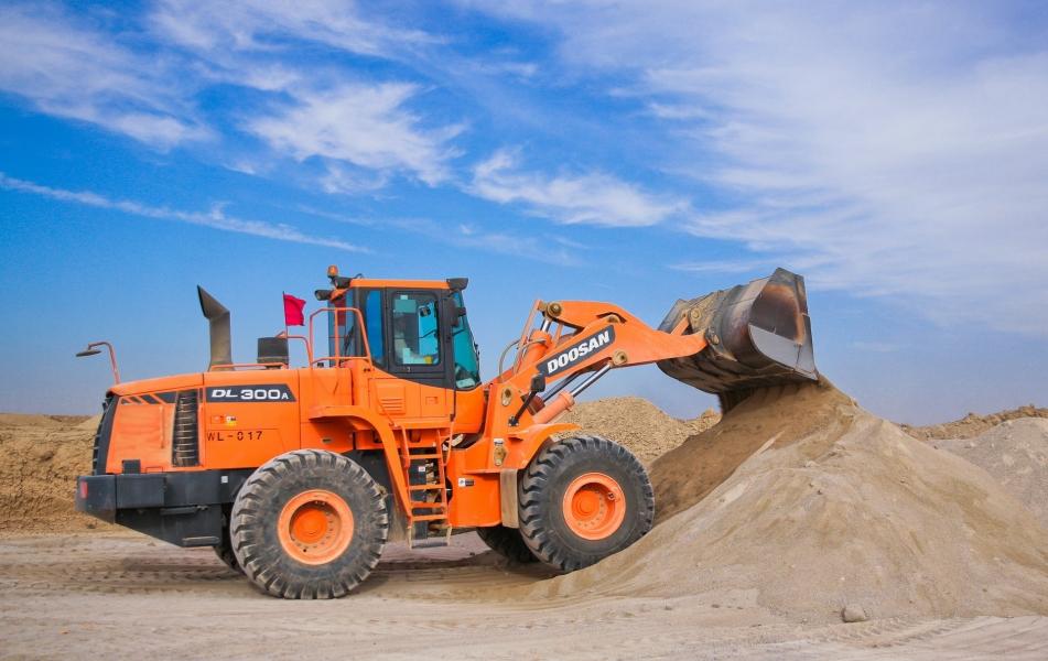 image Perawatan Rutin Untuk Excavator - Tips Untuk Menjaga Performa Alat Berat Anda