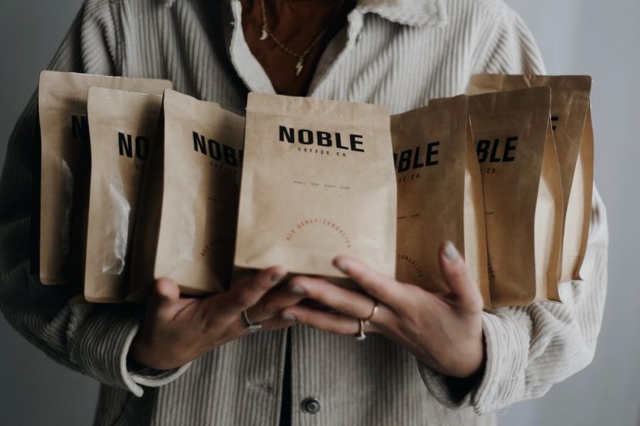 Image 5 Alasan Mengapa Bisnis Anda Harus Mulai Menggunakan Paper Bag